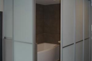 Dělicí stěny koupelny v panelovém domě