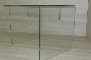 radnicova-skleneny-stul-p1090473