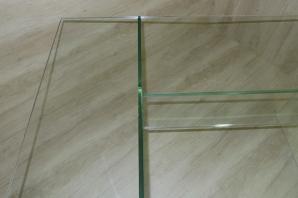 radnicova-skleneny-stul-p1090484