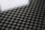 Carbon skleněný obklad jako horní deska komody